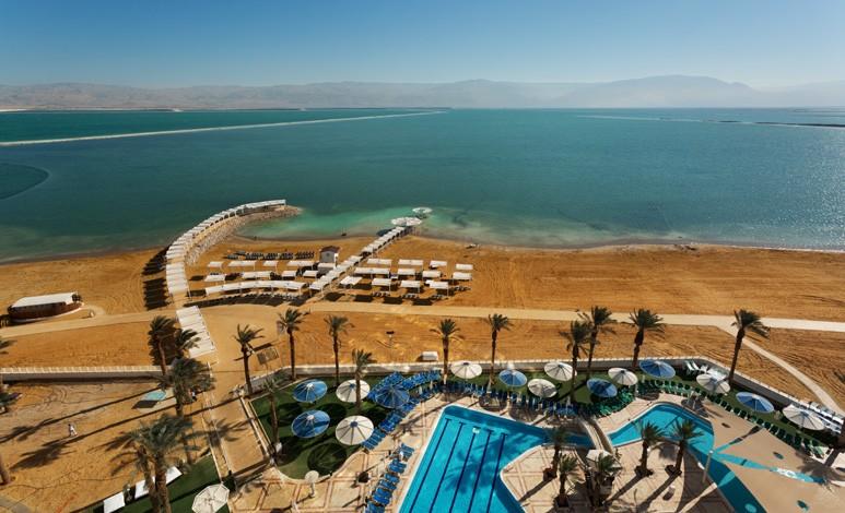 קראון פלאזה ים המלח – חוף ים צמוד